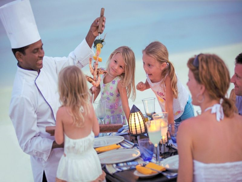 kids_cooking_lesson_four_seasons_kuda_huraa_maldives_fc4d532dcbecfe1